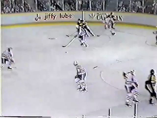 Today in @penguins History: Jan. 21, 1989 - @MarioLemieuxFdn has a part in all 7 🚨 (2g, 5a) as the #LetsGoPens  defeat the #LetsGoOilers , 7-4, in Edmonton.  Bob Errey, Rob Brown, Paul Coffey, John Cullen & @BigTL24 also 🚨  Wendell Young made 19 🛑 in 🥅