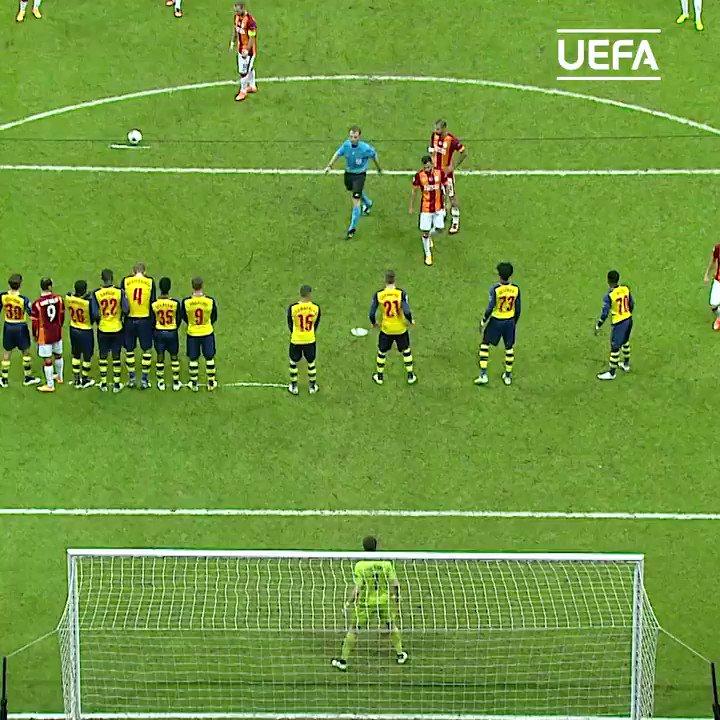 Wesley Sneijder 🤝 top bins
