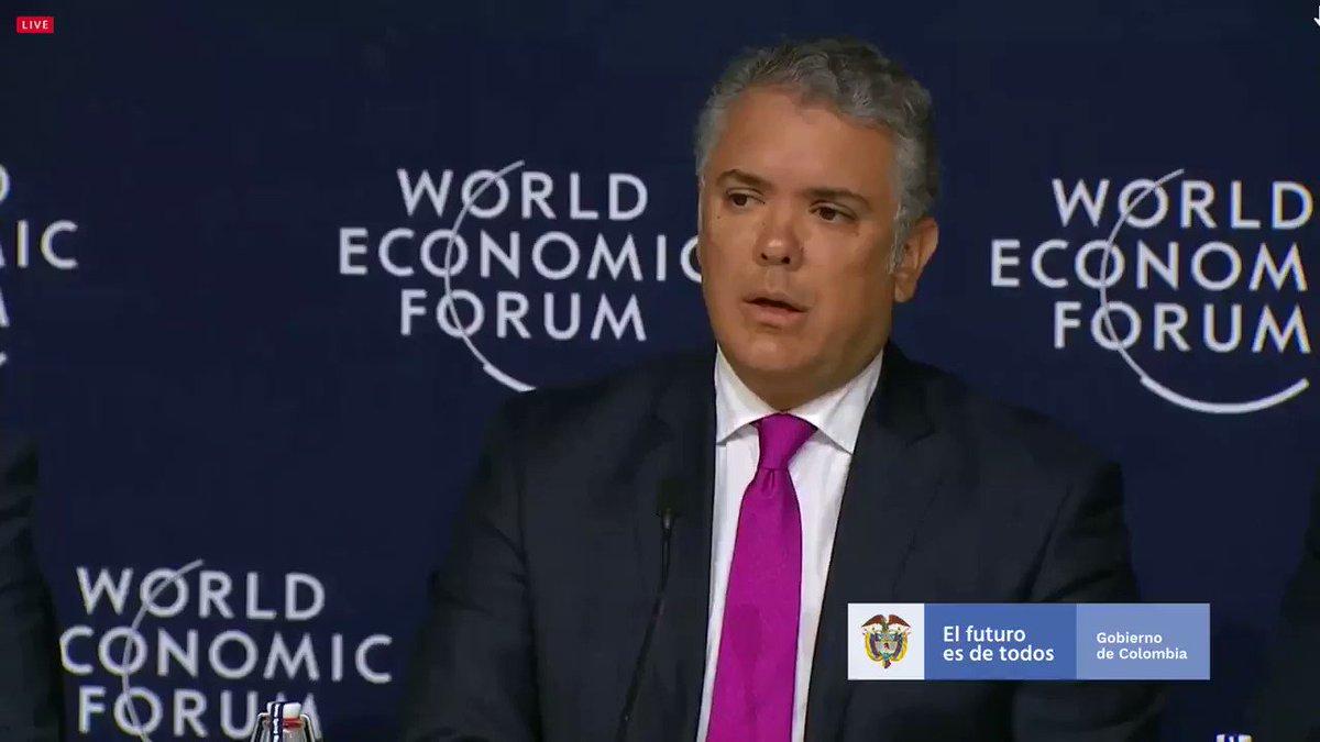 #Davos Acompañamos la iniciativa 'The Champions for 1 Trillion Trees Platform' que impulsa #WEF2020. Para nuestro Gobierno el medio ambiente es un pilar, porque el cambio climático representa hoy un desafío. Tenemos la meta, al 2022, sembrar 180 millones de árboles en Colombia.