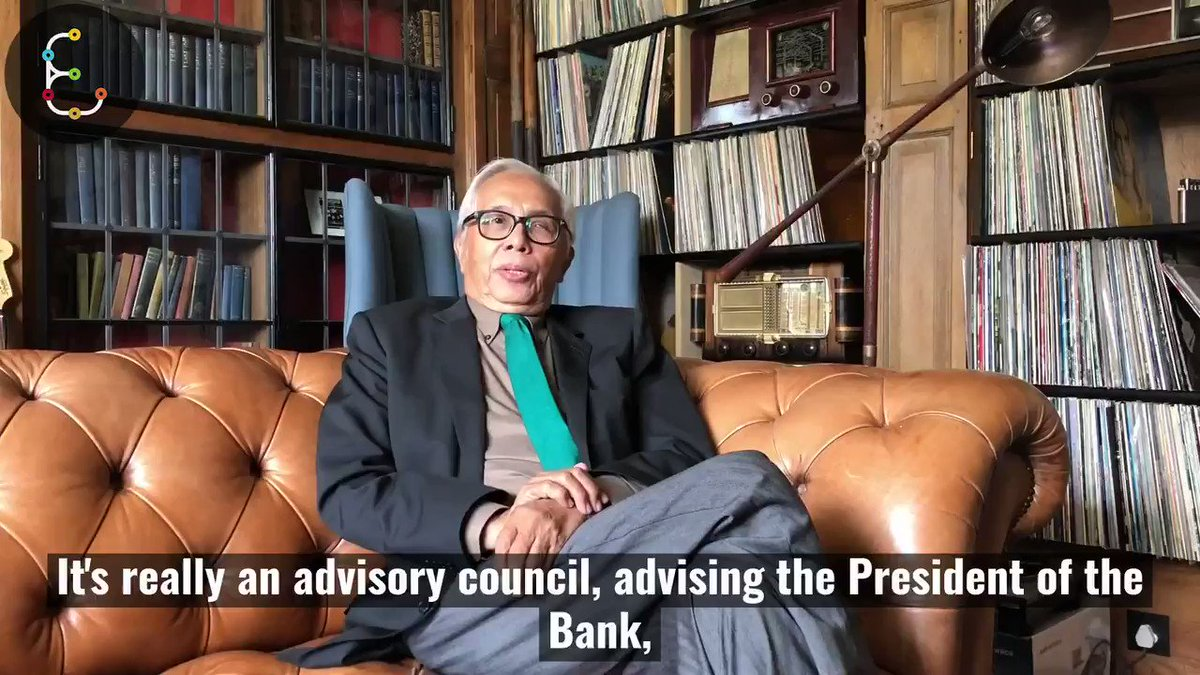Zakrid Hamid is a member of the @IsDBGroup Scientific Advisory Board who choose the innovation projects that win the Transform Fund.😀👁️🔬 Watch this video to find out more: