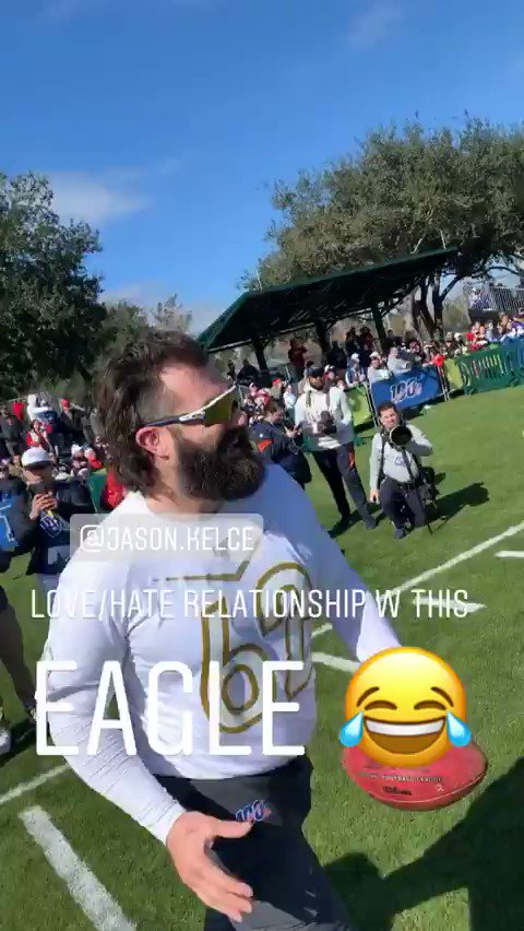 Jaylon Smith on Wednesday at the Pro Bowl with Eagles center Jason Kelce: I hate playing this dude! Stop playing me! Stop blocking me!(via @thejaylonsmith)