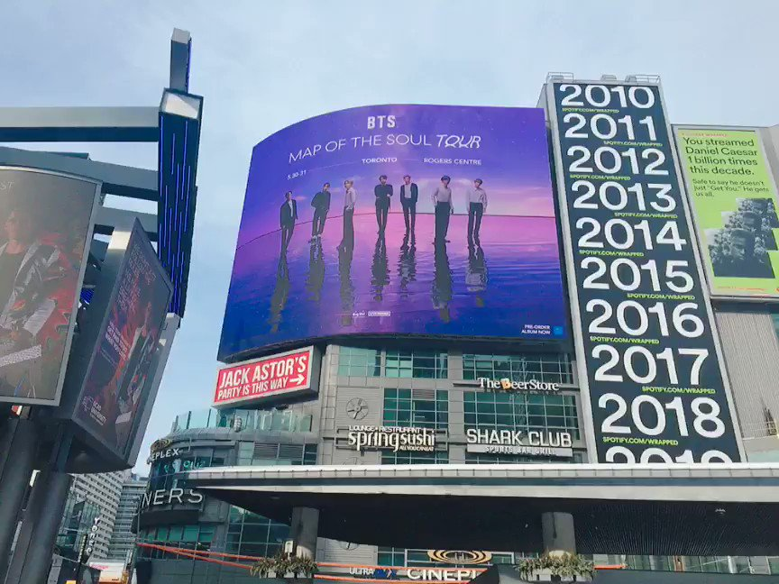 Spotted @BTS_twt at Yonge-Dundas Square! 👀 Let us know if you see the MAP OF THE SOUL TOUR billboards by tweeting us with #BTSxToronto and #MapOfTheSoulTour! 💜