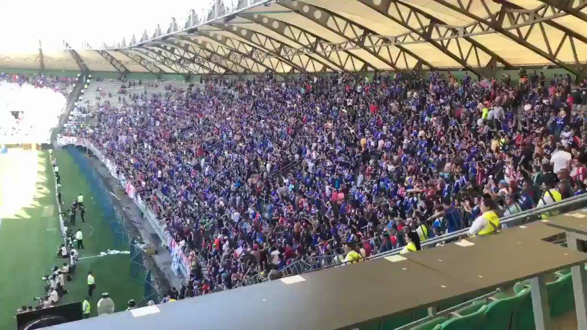 Un solo grito se escucho en el estadio en la copa Chile.. Piñera CTM, asesinoooo.. Igual que Pinochet!!