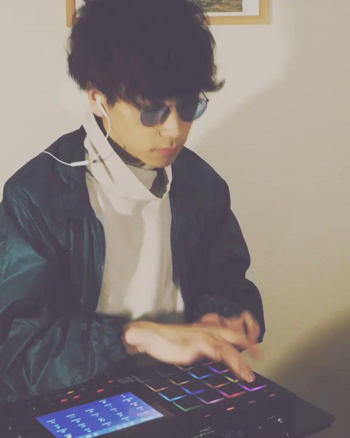 Bounce groove 🥁➰🥁  #mpc #music #hiphop #drum #neosoul #mpclive #jazz #jazzhop #jazzfunk #hiphopmusic #dope #boombap #newbeats #firebeats #hiphopbeat #akaimpc #producer #sampling #fingerdrumming