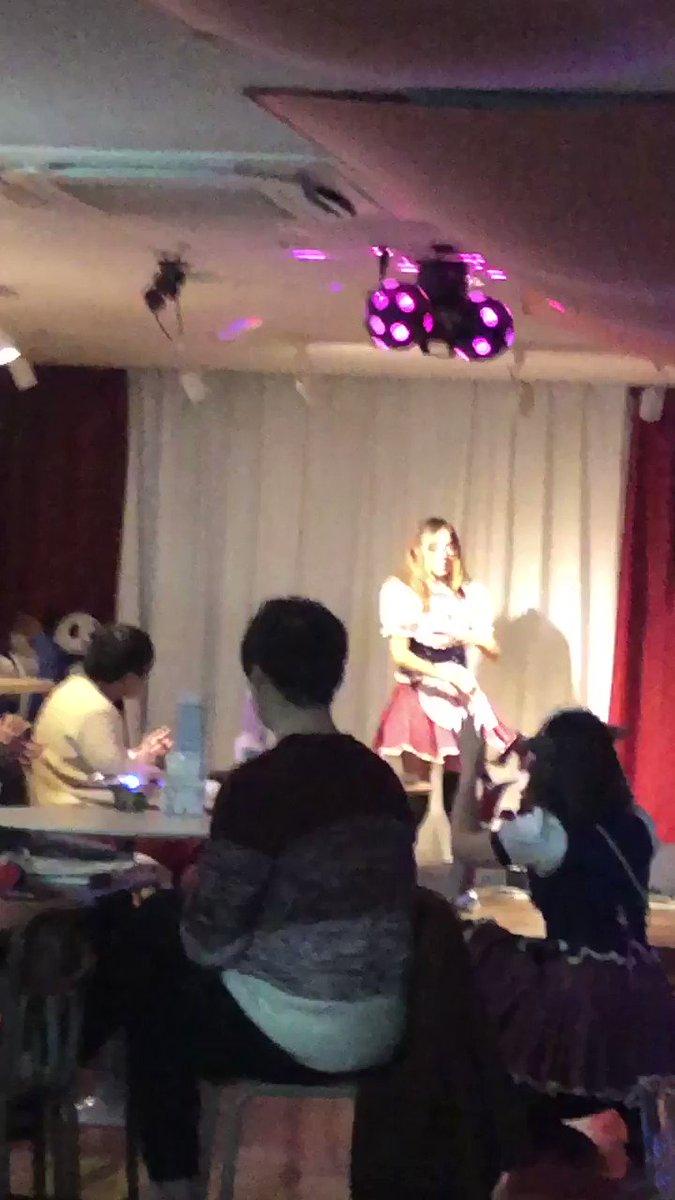ななちゃんはなんでも踊れますね!欅坂46のライブが出来ちゃいます!ななちゃんに続け!新入生の輪!#秋葉原 #メイドカフェ #メイド募集#メイド #ハートオブハーツHP🎁TikTok🎉