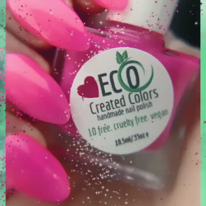 SUMMER LOVIN- Glowing and dynamic pink is part of our neon collection. This vivid and electrifying pink is really pretty don't ya think? ~~~~ https://bit.ly/37w0ENs ~~~~  #crueltyfree #10free  #nailfie #nailsaddict #like #naillove  #lovepink #summer #makeup #naturalnails #veganpic.twitter.com/HdxtaBwvpU