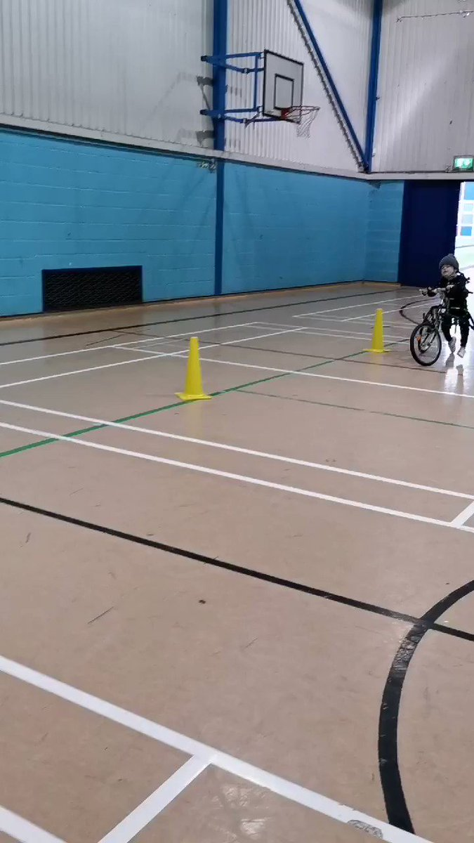 #SundayFunday #weekendvibes Fighting to stay strong and fit with my #petraracerunner Having a progressive muscle wasting disease doesn't stop me! @Quest_88 @MDUK_News @NovaSportsCoach #racerunning #running #softprotectivehelmet #NeverGiveUp #determined @Ribcap_official https://t.co/9F5mnsBbwh