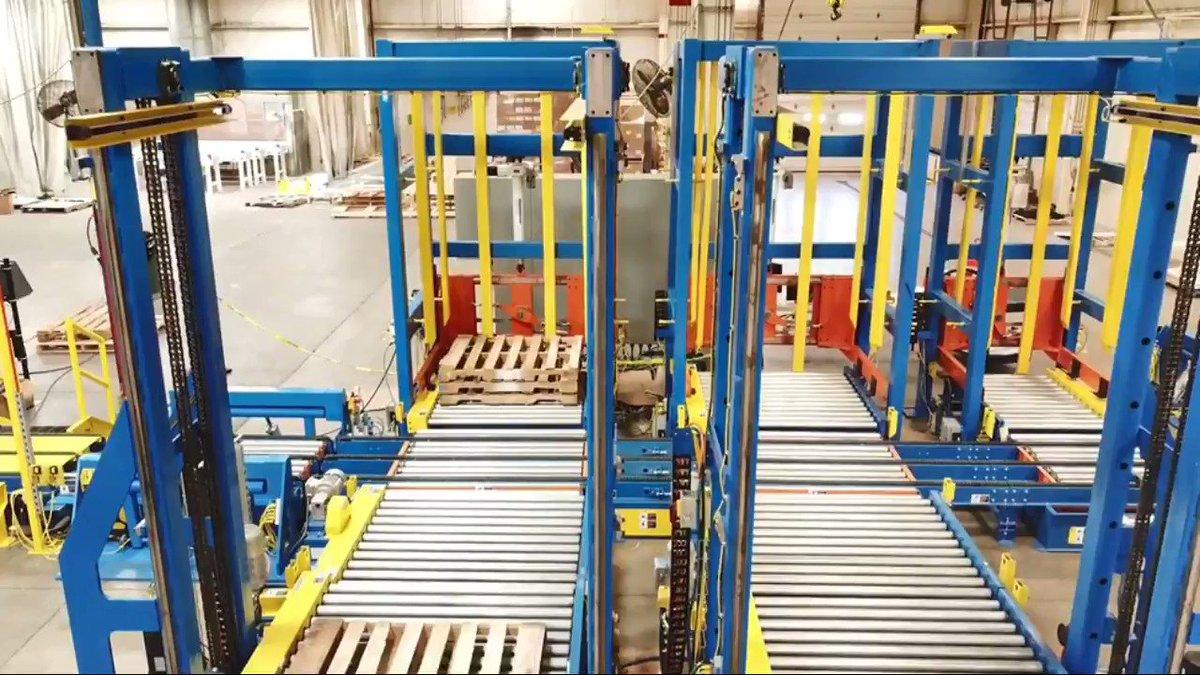 Image for the Tweet beginning: Pallet dispensing, pallet stacking, pallet