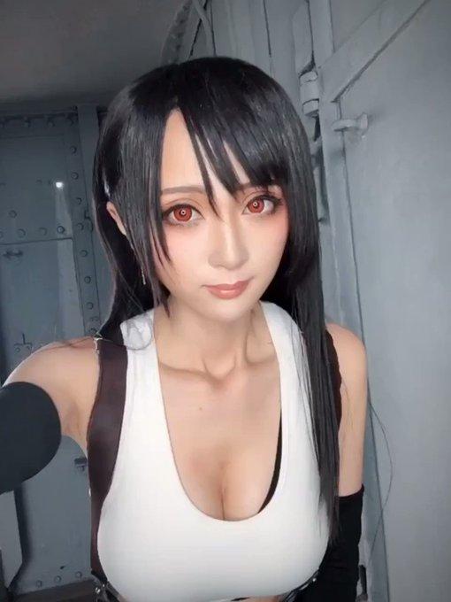 コスプレイヤーカモミールのTwitter動画36
