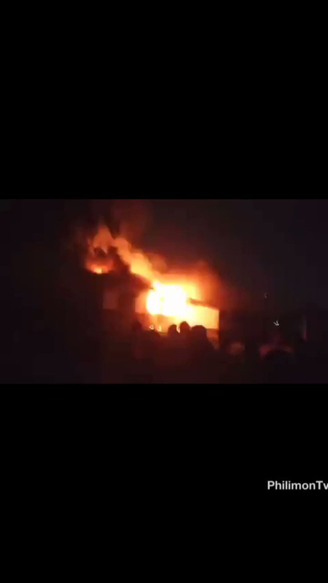 Fire in Accra Academy #Accra #Ghana #ghanaians
