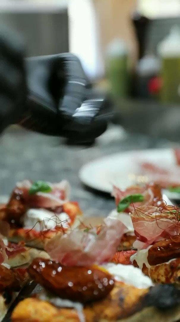 Hai mai assaggiato la nostra #pizza #gourmet ? Scopri il nostro menu   #beatotemilano #milano