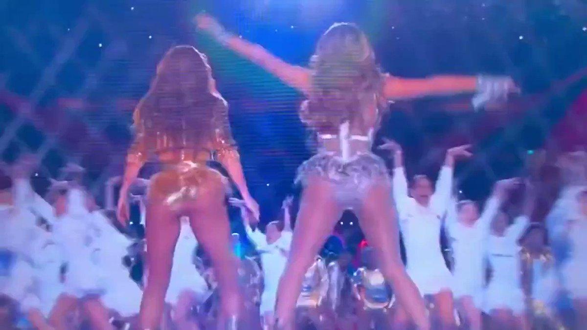 Si revisamos el VAR, ganó Shakira.