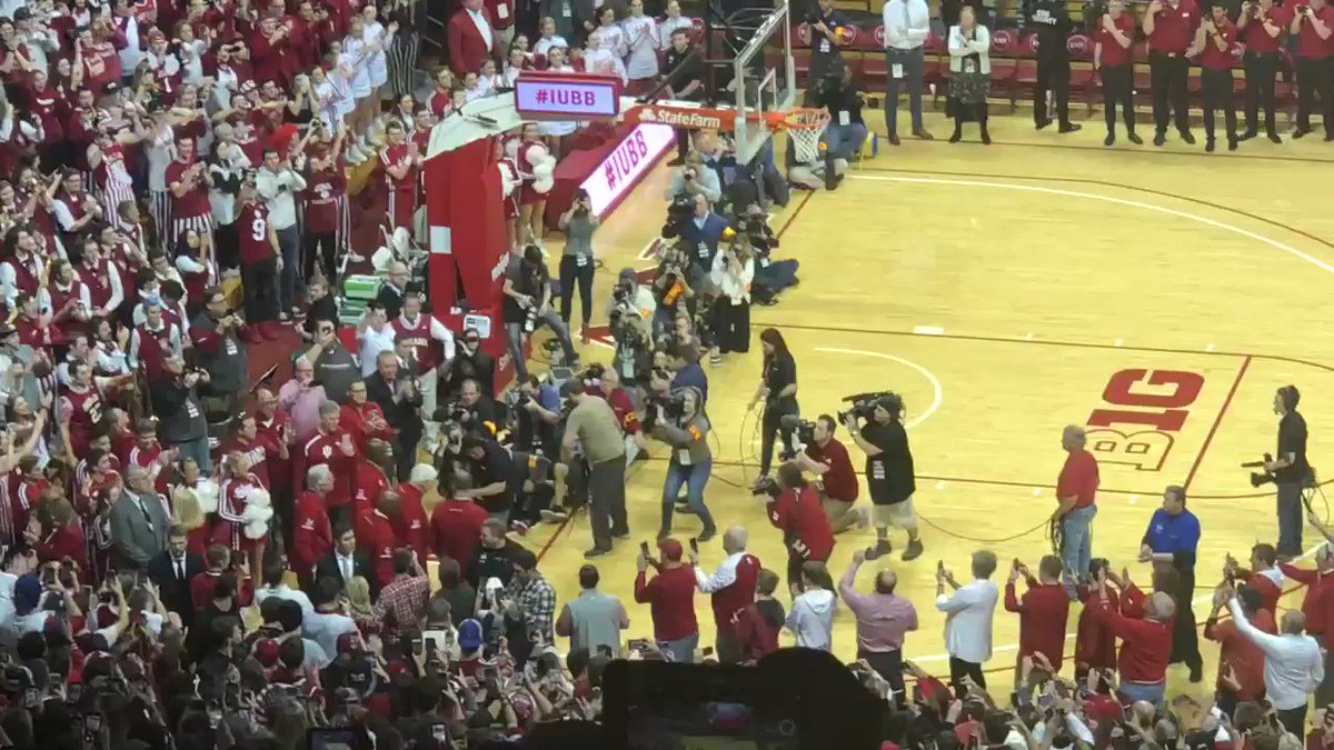 There it is.   Bobby Knight is back  #iubb
