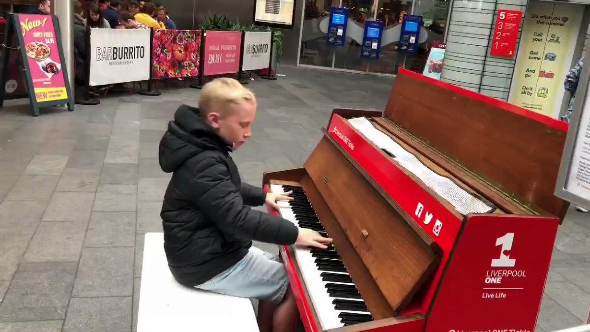 This kid's got talent 🎹🎼🎹