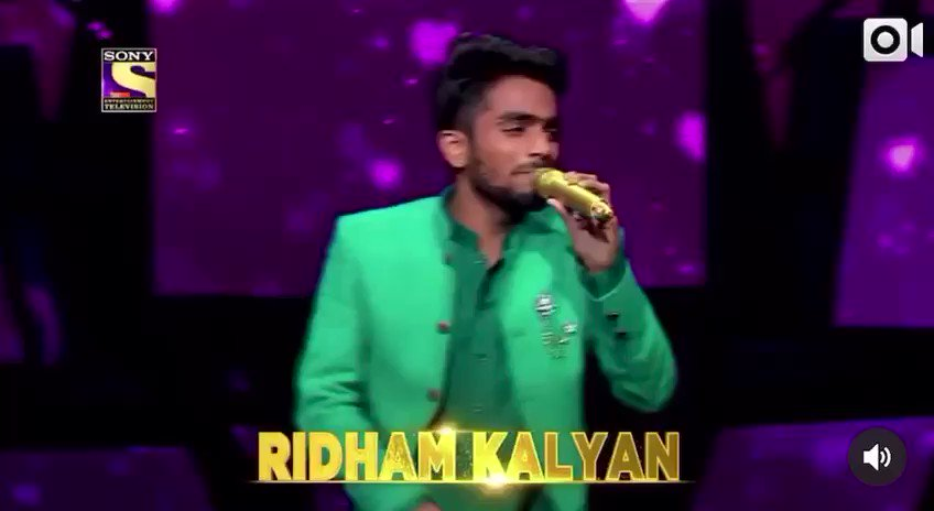 Simply wow 🤗😍🥰❤️👌 wat a singer u r @KalyanRidham . The best thing in u is versatility. You can sing anything with no efforts what I have observed n the way u perform the song...just love it 🥰 keep rocking bro. God bless .Love 💕