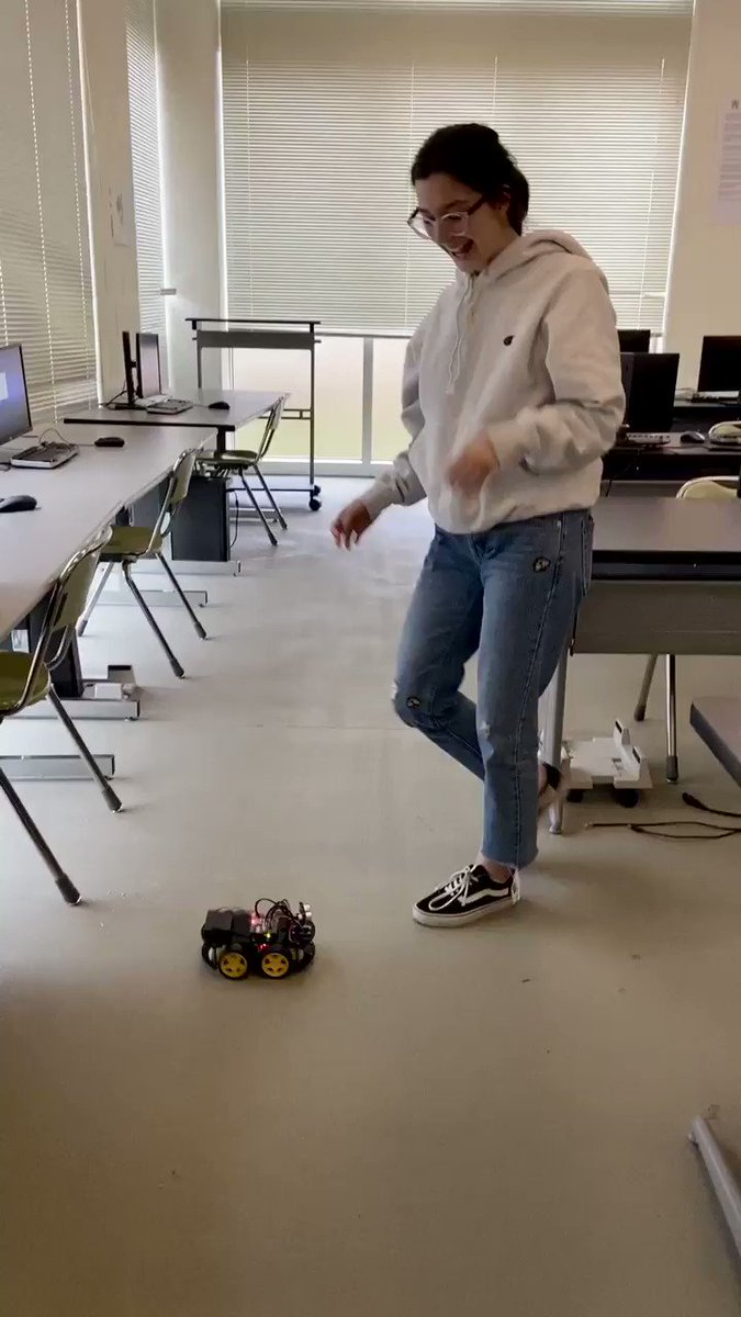 Izzy's excitement that she programmed her Smart Robot to drive in circles! <a target='_blank' href='http://twitter.com/CodeHS'>@CodeHS</a> <a target='_blank' href='http://twitter.com/wakefieldptsa'>@wakefieldptsa</a> <a target='_blank' href='http://twitter.com/principalWHS'>@principalWHS</a> <a target='_blank' href='http://twitter.com/APSVirginia'>@APSVirginia</a> <a target='_blank' href='http://twitter.com/APS_OEE'>@APS_OEE</a> <a target='_blank' href='http://twitter.com/APSVaSchoolBd'>@APSVaSchoolBd</a> <a target='_blank' href='http://twitter.com/JohnsonCintia'>@JohnsonCintia</a> <a target='_blank' href='http://twitter.com/APSGifted'>@APSGifted</a> <a target='_blank' href='http://twitter.com/APS_STEM'>@APS_STEM</a> <a target='_blank' href='https://t.co/iQi50NoTJp'>https://t.co/iQi50NoTJp</a>