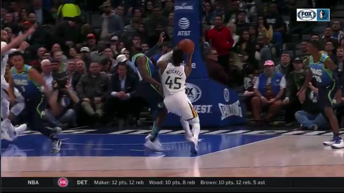 This was called a foul on Maxi Kleber