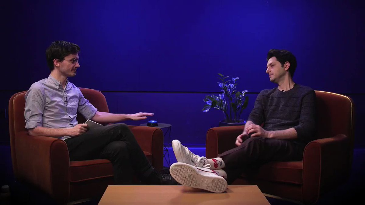 Watch @rejectedjokes hit me with the interview equivalent of a Harlem Globetrotters routine while I try to talk to him about Sonic The Hedgehog youtu.be/wtrJT1_1m1E