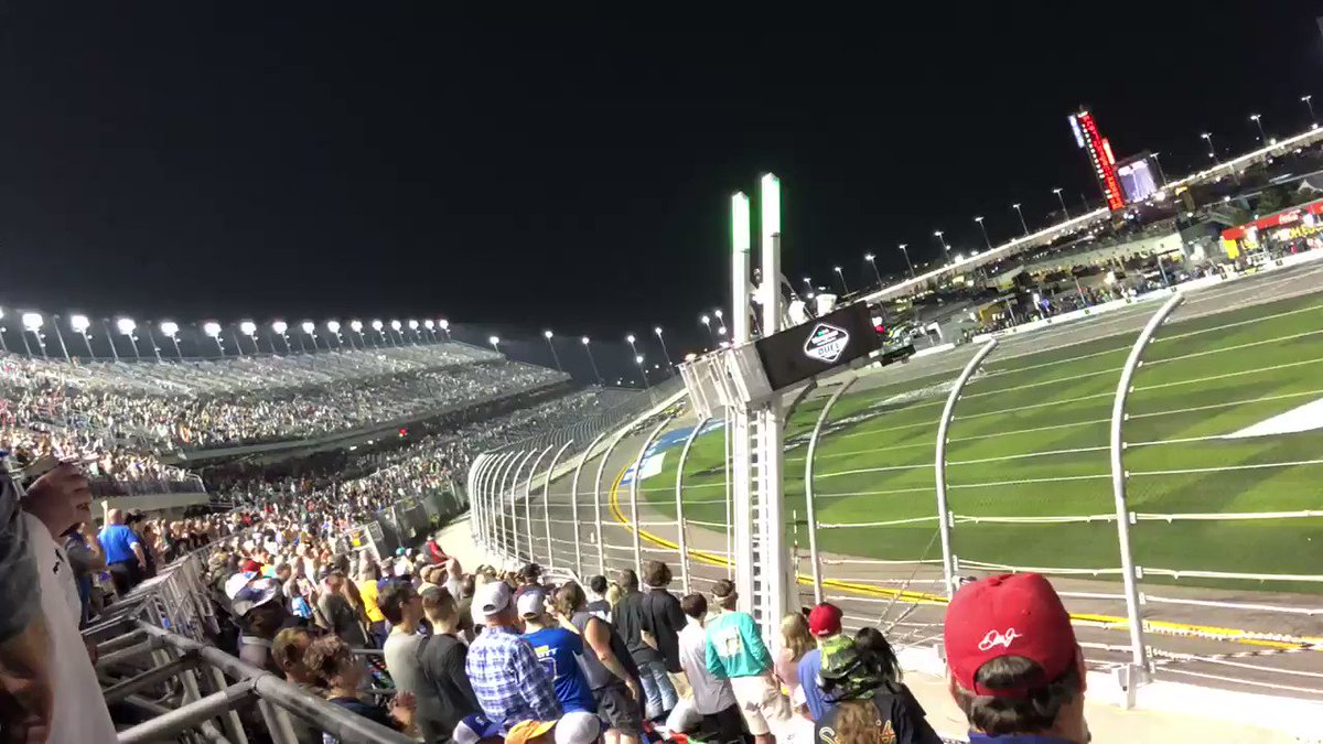 @DISupdates's photo on #BluegreenDuel