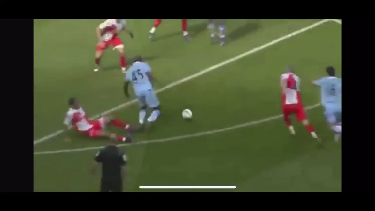 Don't worry city fans you'll always have this moment to look back on #stockportcounty #ManCity