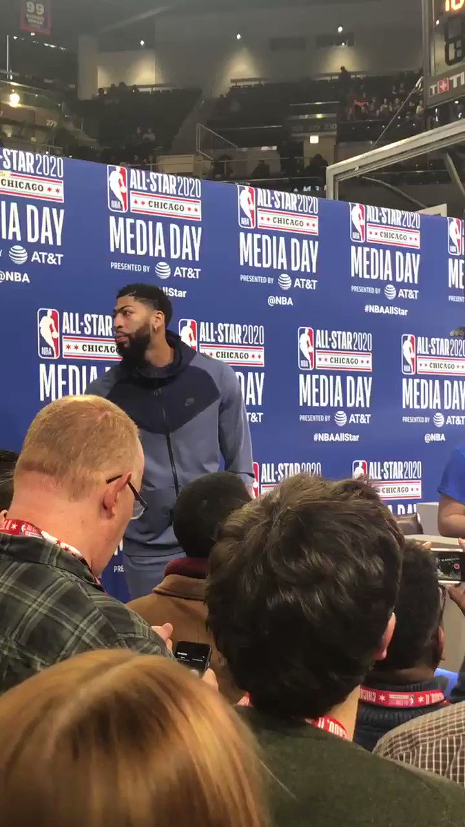 Anthony Davis heckles LeBron at Media Day: 'Hey LeBron, I love you!'