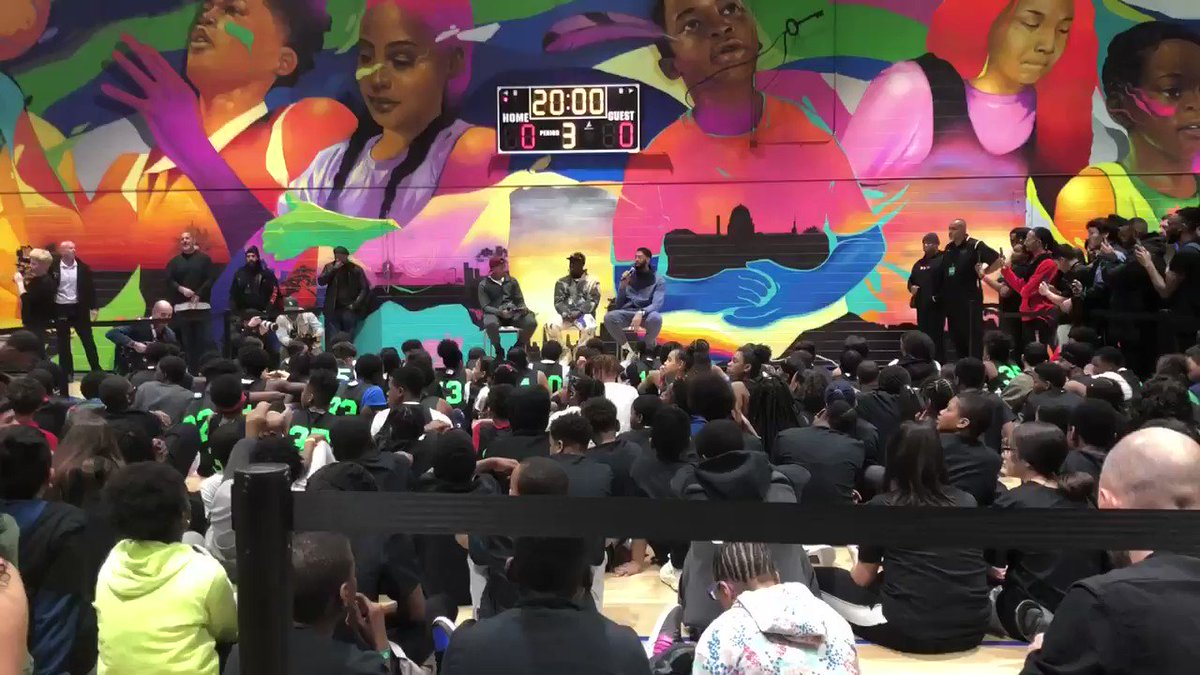Anthony Davis surprises kids at Boys and Girls Club with LeBron James