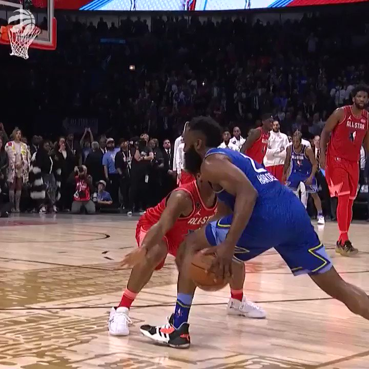 An All-Star charge from a 6-time #NBAAllStar #WeTheNorth (📹: @Raptors)