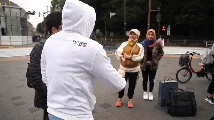 Pagi ini lari pagi bersama pelajar Indonesia di kawasan National Olympic Stadion Tokyo. Udaranya sejuk dan viewnya keren banget.Saat ini National Olympic Stadion Tokyo sedang dalam fase akhir renovasi. Rencananya di tahun ini Olimpiade 2020 akan dilaksanakan.