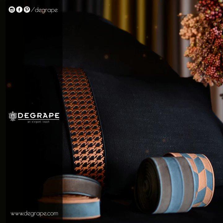Farklılığı sevenler için birbirinden iddialı bordür seçeneklerimiz Degrape Alsancak mağazamız ve tüm seçkin bayilerimizde... . #textile #bordür #borderline #interior #degrape #evdekorasyonu #izmir #alsancak #homedesign #homedecor #luxuryhome #kumaş #perde #curtains #pillow