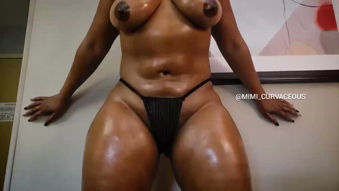 Compared to Who? I'll wait!!!  #fit #thick #bodygang #abs #titties #legs #ebony #queen https://t.co/