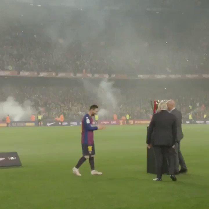 🤩 Ha sido un año extraordinario para Leo #Messi. Entre sus logros:🔝 Lideró al Barça para ganar @LaLiga 2018/19 🏆 , siendo su décimo título liguero 🙌
