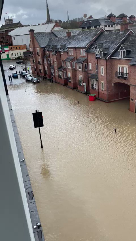 #Shrewsbury #floods #StormDennisUK   My heart goes out to everyone who is currently enduring everything they own being ruined by flood water.