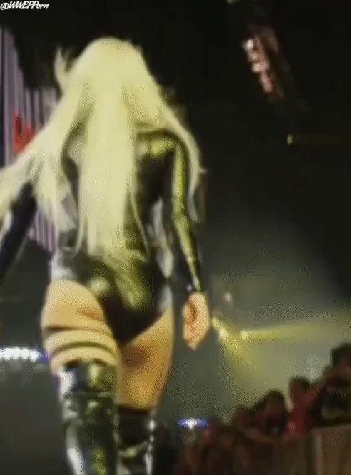 @WWEPPorn's photo on #WWERaw