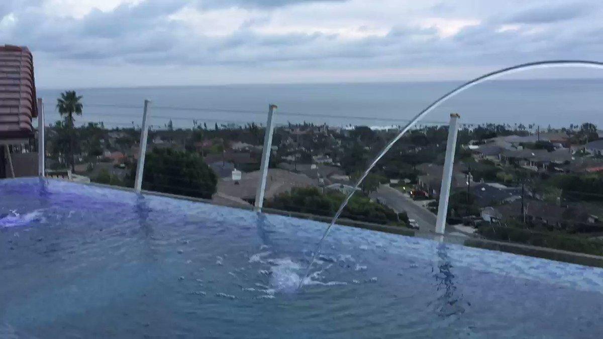 Ocean View House In La Jolla!Raana Jamshide, Realtor, DRE#01255312 Pacific Sotheby's International Realty #LaJolla#OceanView#LaJollaCove#MountSoledad