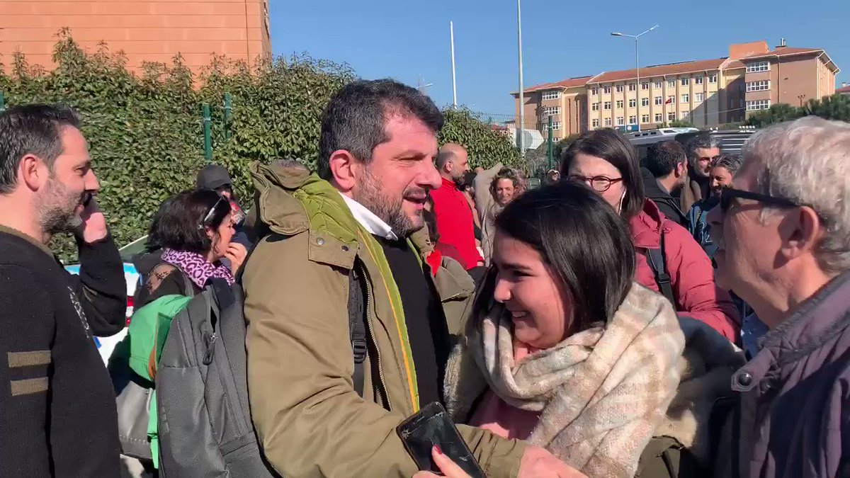 Incredible scenes in Istanbul!  Osman Kavala & ALL co-defendants present in court in Gezi trial acquitted of all charges. (Can Atalay in this AV).  Kavala freed after more than two years behind bars. We hope this bodes well for #FreeRightsDefenders verdict tmw. #BREAKING #Turkey pic.twitter.com/kqeMnncagU