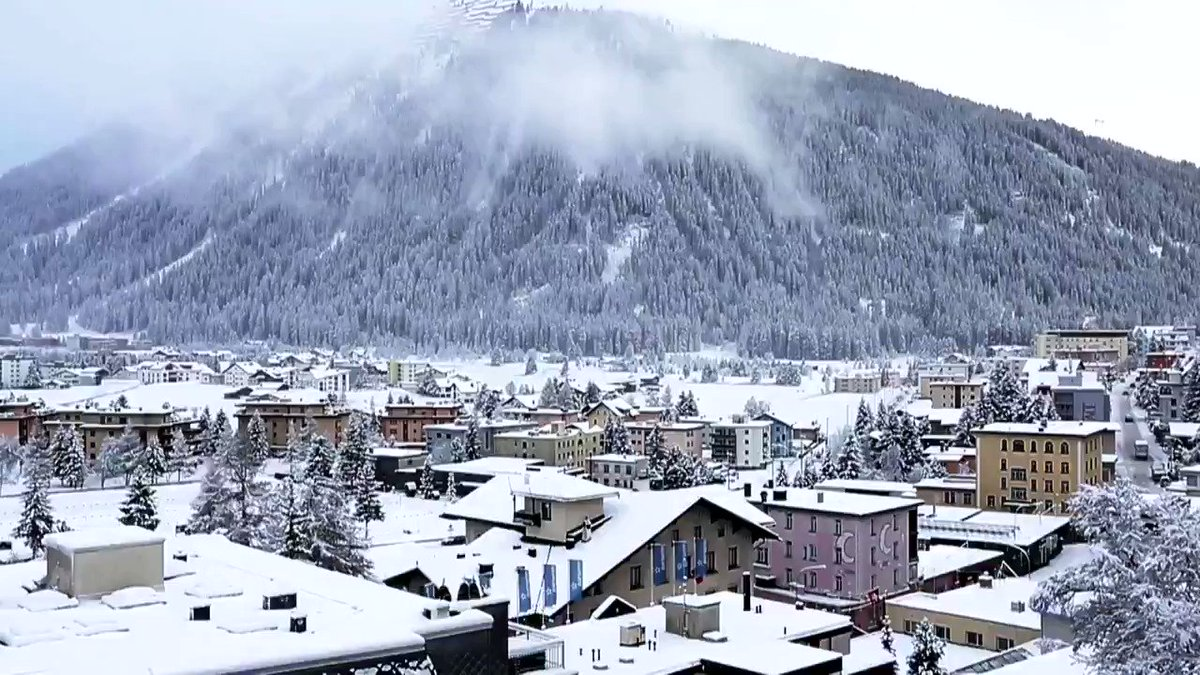 "Rcvd via W/A Thank you Ajay ""Anand Mahindra at Davos, Switzerland : Most of the TV channels blacked out this video."" pic.twitter.com/bTH6YMnwej"