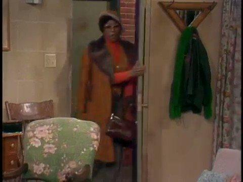 Nobody made an entrance like Willona. Rest, Ja'Net Dubois.❤️