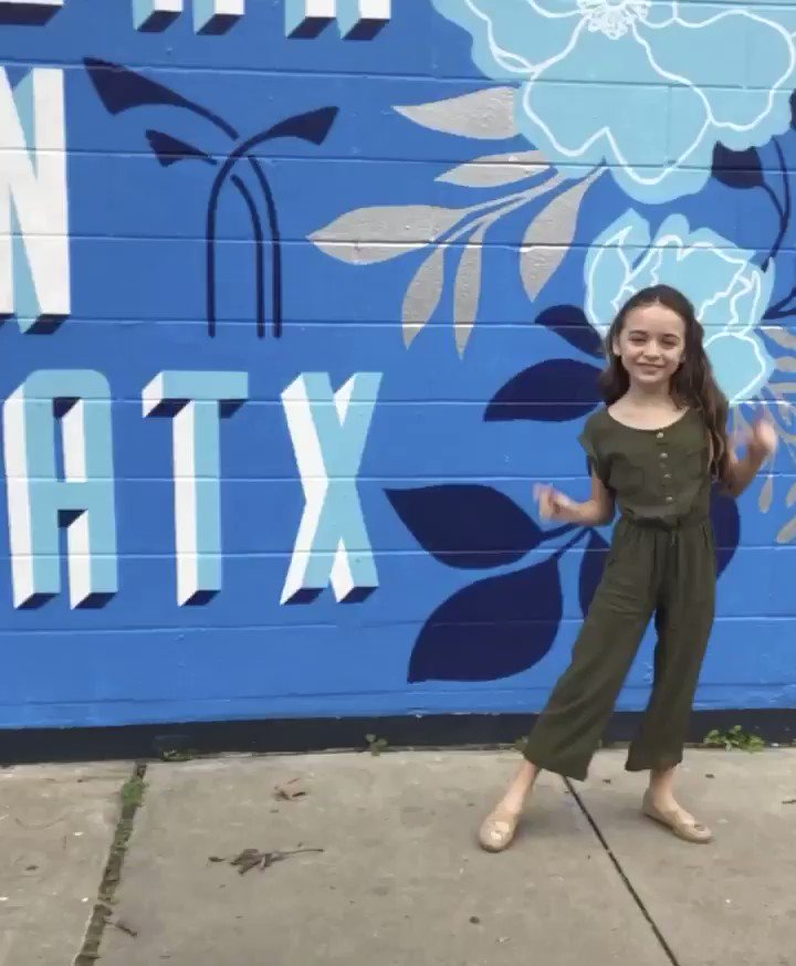 Quick road trip to Austin #ATX and back for an audition callback for our little actress. Love that my job affords me the flexibility to make both of our dreams come true!! #actresslife pic.twitter.com/AudUXq2tww