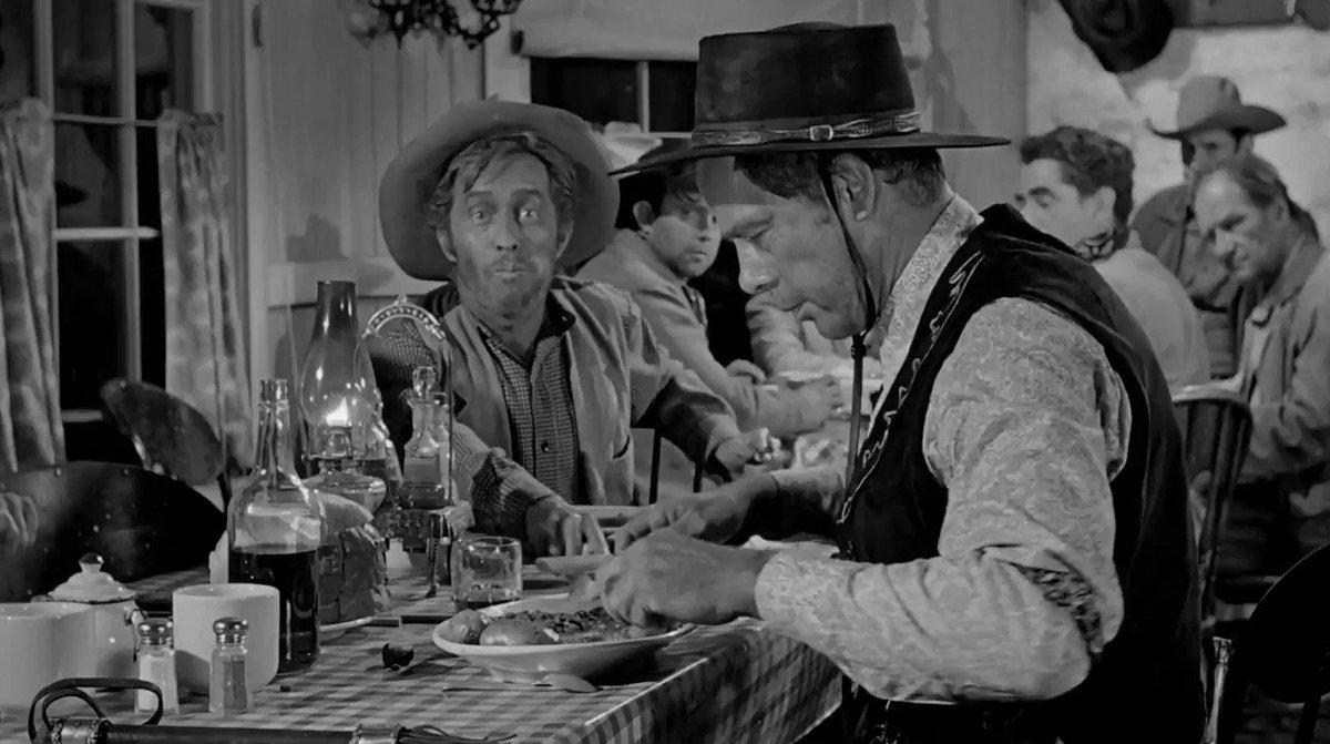 """Old Days""A Steak Dinner causes quite a stir between 3 Legendary Stars in the 1962 Western Classic ""The Man Who Shot Liberty Valance"" #johnWayne #LeeMarvin #JamesStewart #movies #1960spic.twitter.com/8kK8ktCvq5"