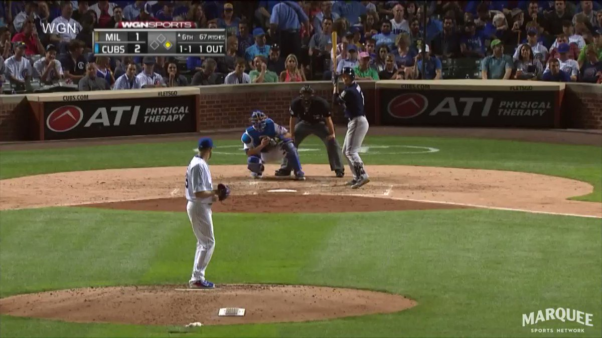 Friendly reminder why Rizzo is a 3x Gold Glove winner