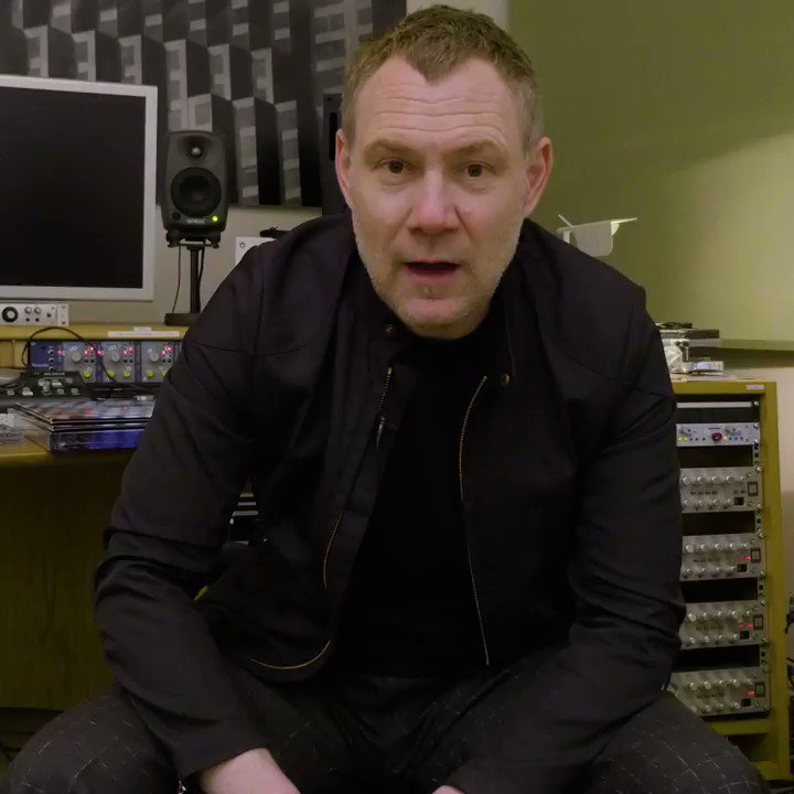Sing along to Babylon and all your White Ladder favourites using @AppleMusic's new time synced lyrics feature on their mobile app: http://DavidGray.lnk.to/appleessentials