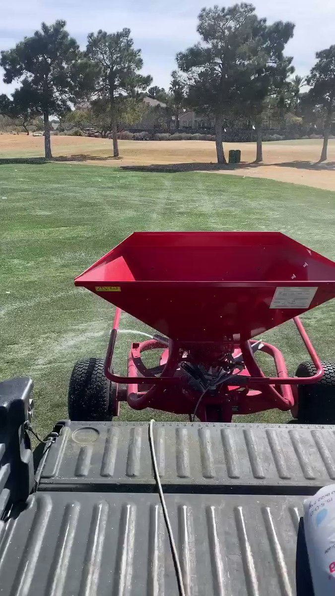 Image for the Tweet beginning: Throwing a little fertilizer on