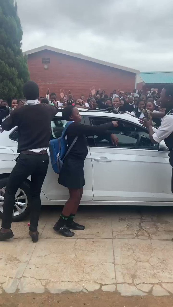 My friend @Lindelwa_Gule bought a new car yesterday and this was the mood at school today.