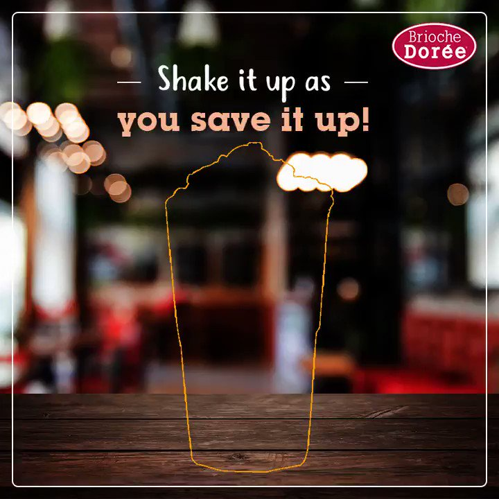 Shake it till you make it! Catch the shake & capture it right next to the meal!  #BriochedoreeCP #CafeinCP #shakes #FrenchCafe #food #foodies #foodnetwork #foodography #foodpictures