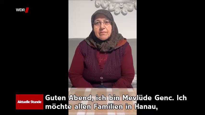Image for the Tweet beginning: Mevlüde Genç verlor beim Brandanschlag