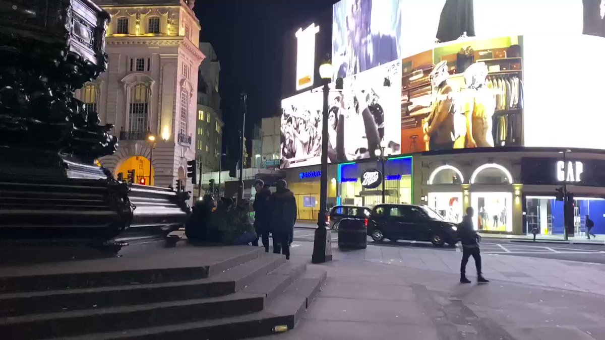 Just incase y'all thought it was just a made up map in @CallofDuty 😹 it's real.. #Picadilly