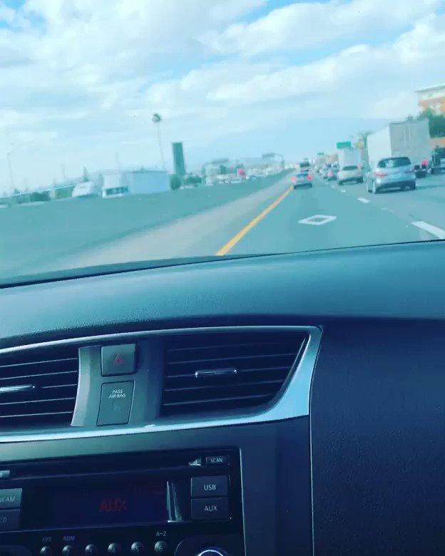 On our way home listening to Corridos pesados #caraalamuerte #gerardoortiz pic.twitter.com/C5Oy2A3kzi
