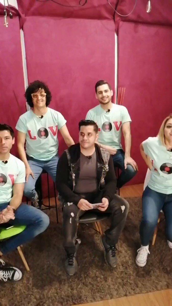 Ya están #EnVivo por http://www.astl.tv @elcotomomo con el grupo @GrupoLOV quienes cuentan cómo fue su proceso para cantar las canciones. ¡No te lo pierdas! #GrupoMusical #Musica #Song #ASTLconStilo 🎼👨🎤👩🎤🎺🎹🎸