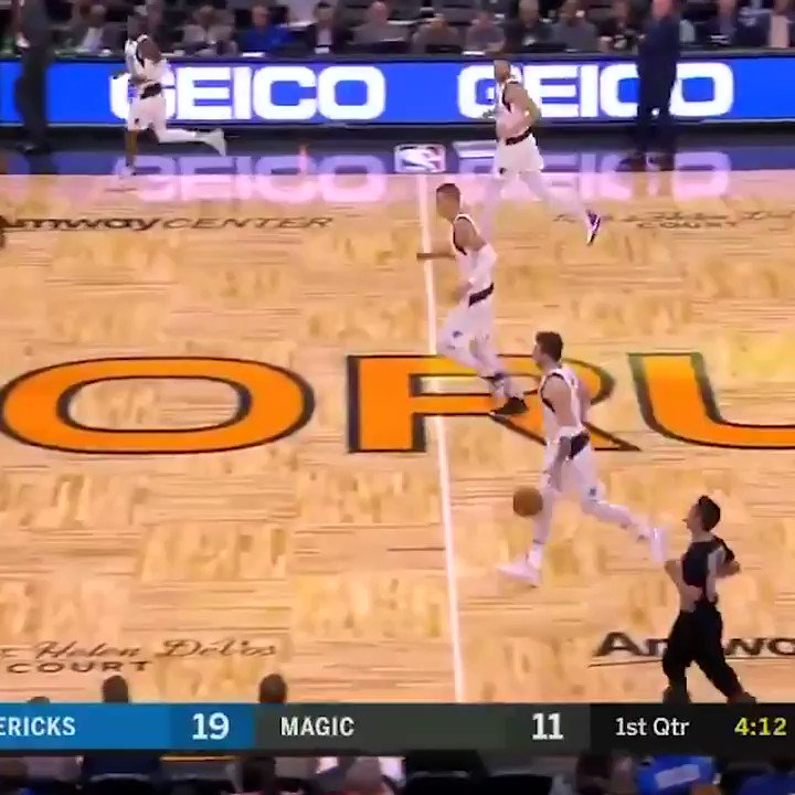 Luka with the moves on the Magic 🌀