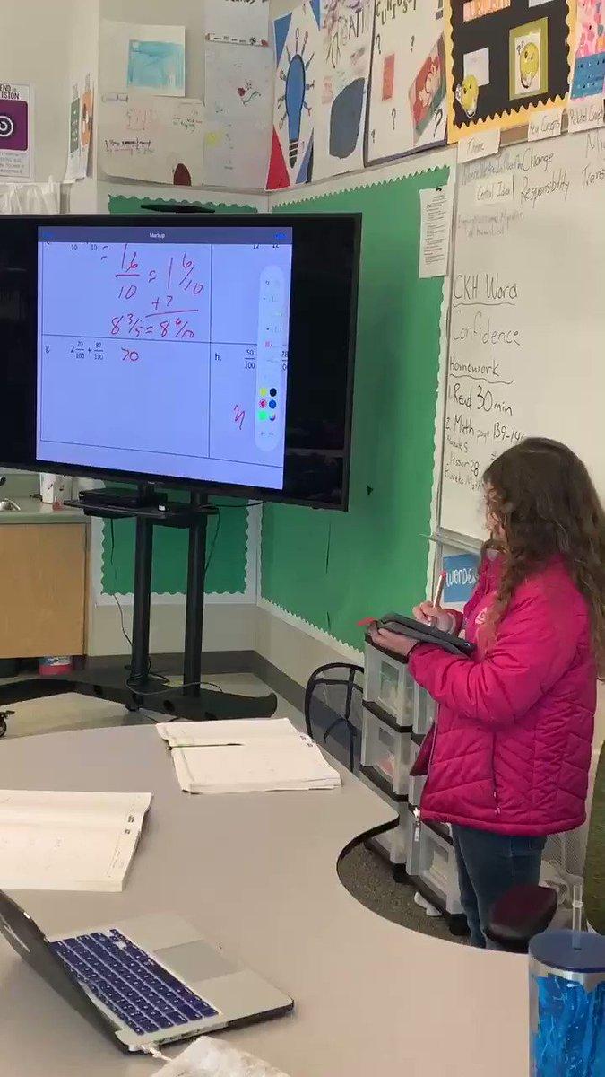 When the teacher needs a Math rest, @lombardibears to the rescue 😁 #4thgraderocks #keepthefocus2020 #studentteachers @BurtonSchools #fridaymorning #FridayMotivation #math